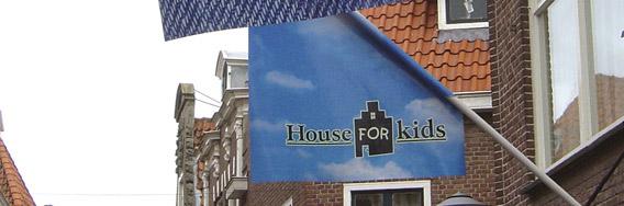 kramerbelettering_gevelvlag_houseforkids_2 2
